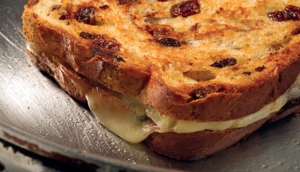 Brie and Apple Grilled Cheese